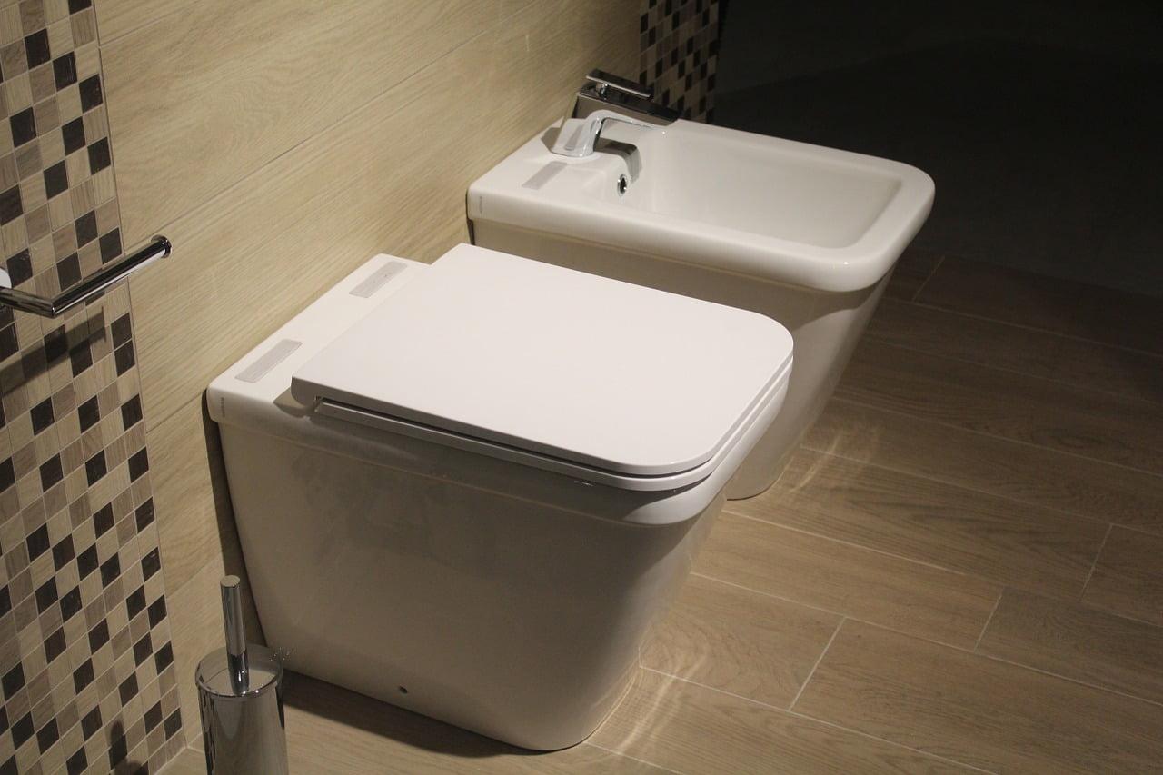 comment mesurer la planche des WC
